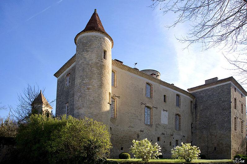 Restauration intérieure et extérieure du château